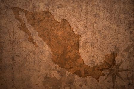 Carte mexique sur une vieille fissure cru fond de papier Banque d'images - 63253432