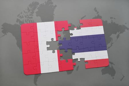 Rompecabezas con la bandera nacional de Perú y Tailandia en un fondo de mapa del mundo. Ilustración 3D Foto de archivo - 76545156