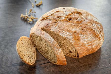 Fresh pastries buns wicker basket rustic style bakery wheat 版權商用圖片