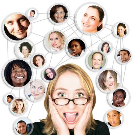 Ilustración de la empresaria joven feliz con su red social de amigos y clientes.