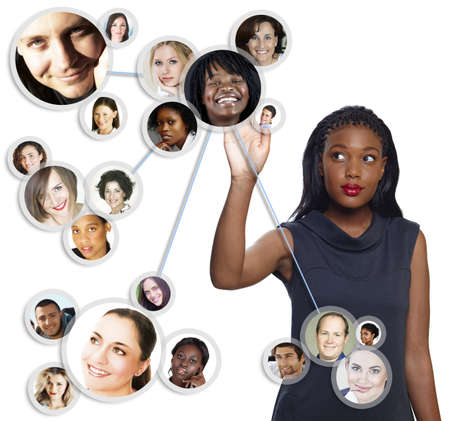 Illustration d'une jeune femme d'affaires afro-américaine de tri son réseau social d'amis et de clients Banque d'images - 10012587