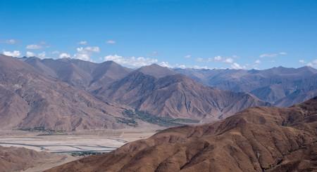 yellowish mountain road view in tibet of China Stock Photo - 8106908