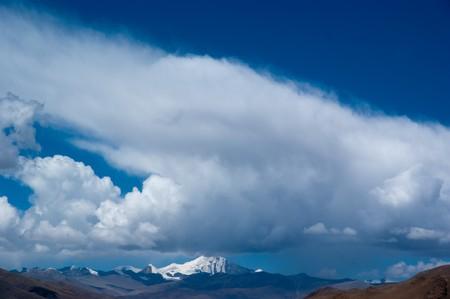 yellowish mountain road view in tibet of China Stock Photo - 8106897