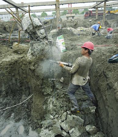 obrero: Construcci�n urbana Editorial