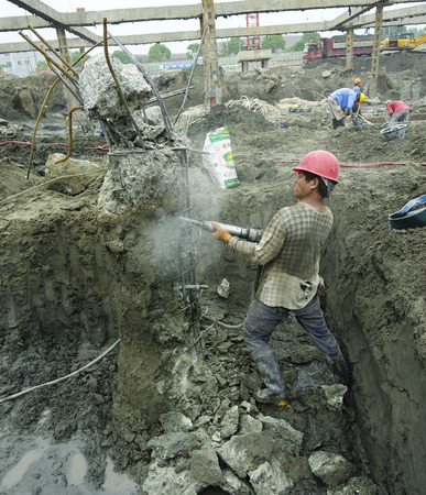 labourers: Urban construction