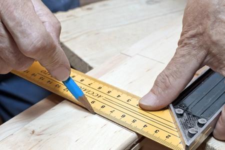 Markieren Sie mit Zimmermann Quadrat