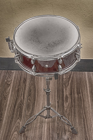 snare: snare drum.Vintage Style