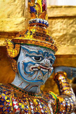 in wat phra kaew: Rakshasa is a character of the Buddhist religion. Demon, ogres and evil spirit. Wat  Phra Kaew temple, Bangkok, Thailand
