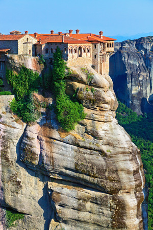 singular architecture: The Holy Monastery of Varlaam is the second largest monastery in the Meteora complex of Greek Orthodox monasteries. It was built in 1541 and embellished in 1548. Trikala, Greece Stock Photo
