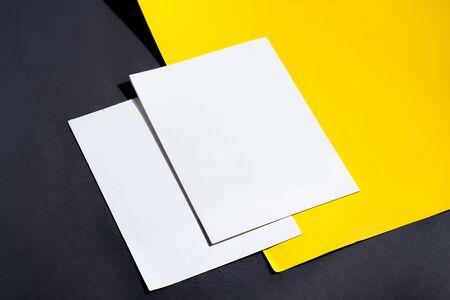 Folded business white card mockup Standard-Bild