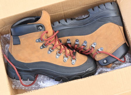 hiking boots: hiking boots in carton package Stock Photo