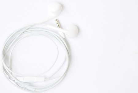 earphone: set of earphone