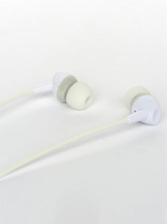 earphone: set of earphone