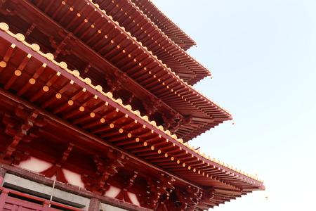 traufe: Tempel Traufe Lizenzfreie Bilder