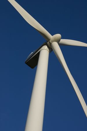 Wind turbines with a clear blue sky Stock Photo - 5569057