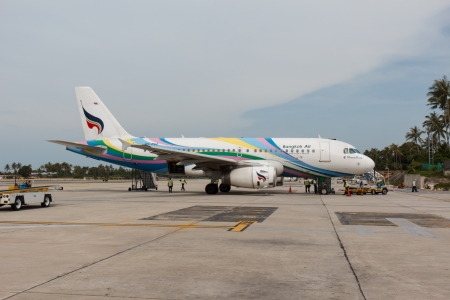 phen: SAMUI, THAILAND - JANUARY 5  The aircraft of Bangkok Air airlines at Samui airport in Thailand prepared for boarding and flight  Bangkok Air is national Thailand air company who owned private Samui Airport  Editorial