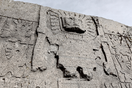 Central figure of the sun gate in Tiwanaku, Bolivia 写真素材