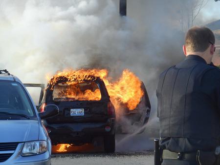 extinguishing: Extinguishing car fire