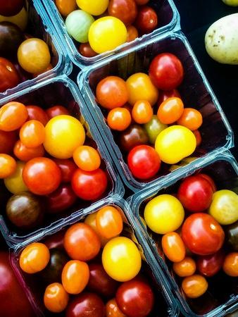 農民市場での販売のための野菜