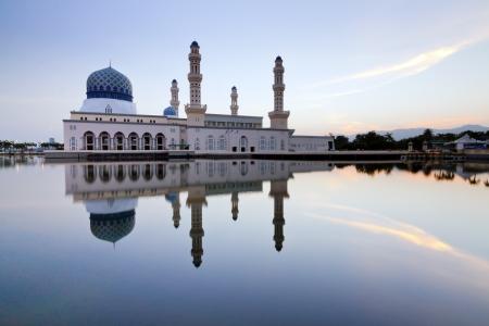 likas: Reflection of Likas Mosque at Borneo, Sabah, Malaysia