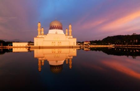 Reflection of Kota Kinabalu city mosque at Borneo, Sabah, Malaysia Stock Photo