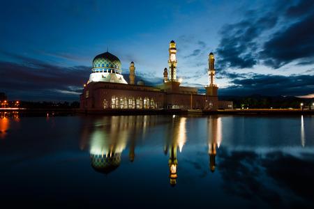 Kota Kinabalu mosque at dawn in Sabah, East Malaysia, Borneo Фото со стока