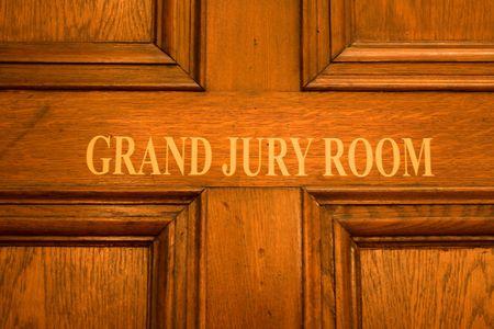 jurado: signo de puerta de habitaci�n de gran jurado Foto de archivo