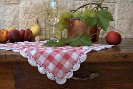 foglie: vino e frutta