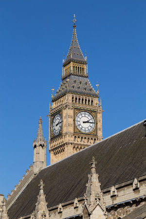 Big Ben (Elizabeth Tower) from the West during the day photo