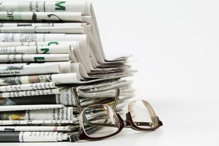 newspapers: stapel van krant Stockfoto