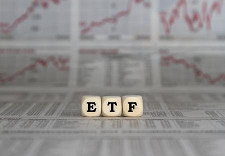 ETF exchange trades funds 版權商用圖片