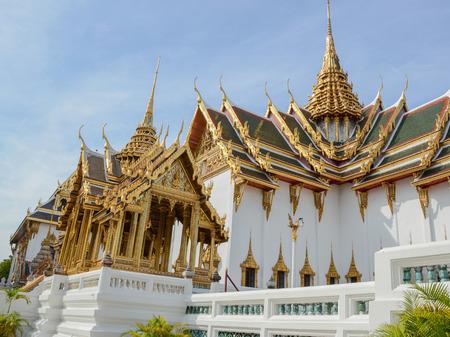 pra: Wat Pra Keaw Editorial