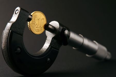 micrometer: coin and micrometer