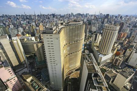 Beroemde uitzicht op de skyline van Sao Paulo en de binnenstad, Brazilië