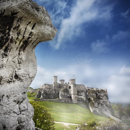 ogrodzieniec: Ruins of a castle, Ogrodzieniec fortifications, Poland   Stock Photo