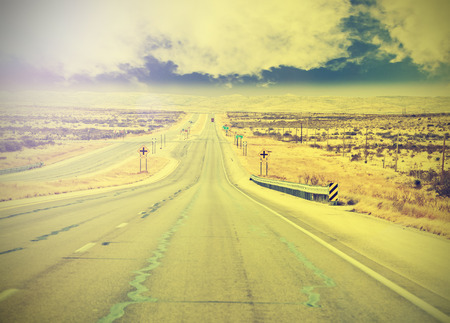 endless: Endless country highway, vintage retro effect