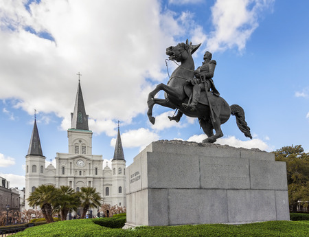 orleans: Saint Louis Cathedral and statue of Andrew Jackson, New Orleans, USA.