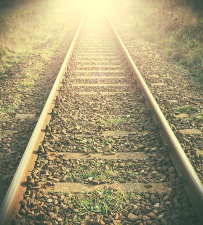 filtered: Vintage imagen filtrada de las v�as del ferrocarril.