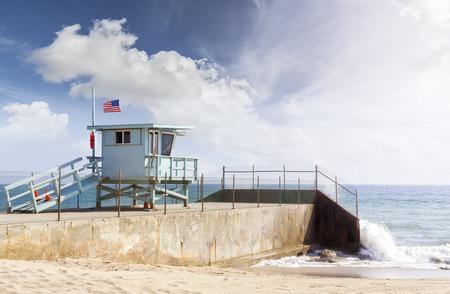 santa barbara: Lifeguard tower in Santa Monica, California, USA.