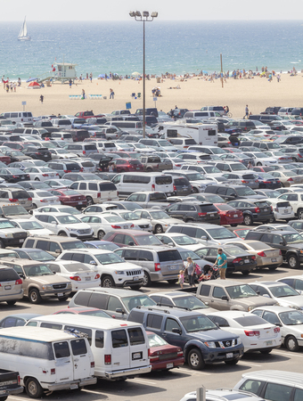 santa monica: Santa Monica, USA - August 22, 2015: Santa Monica Pier parking filled with cars. Santa Monica Pier celebrated its centennial in September 2009. Editorial