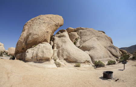 joshua tree national park: Resting place in Joshua Tree National Park, California, USA.