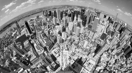 Fisheye lens black and white picture of New York cityscape, USA. Standard-Bild