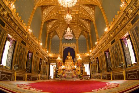 budda: Wat rajabopit main Buddha Angkiros Budda Editorial