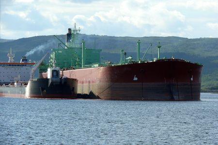 Petrochemical tanker