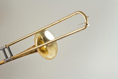 trombon: Antiguo tromb�n oxidado ha visto d�as mejores