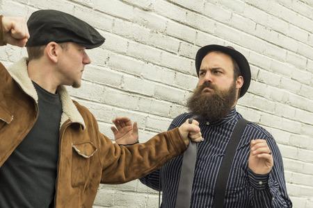 Mugger threatens to punch penniless pimp on city street