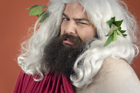 desprecio: Disgustado dios Zeus o J�piter es asco