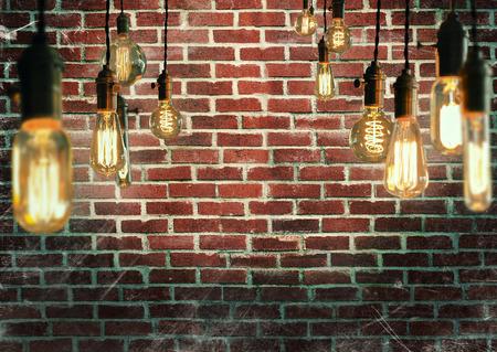 enchufe de luz: Bombillas de filamento estilo edison antiguos decorativos Foto de archivo