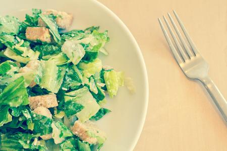 ensalada cesar: Ensalada c�sar org�nica fresca con queso Asiago rallado