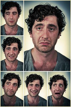 persona triste: Promedio regular hombre busca realizar diferentes expresiones faciales en las imágenes del collage
